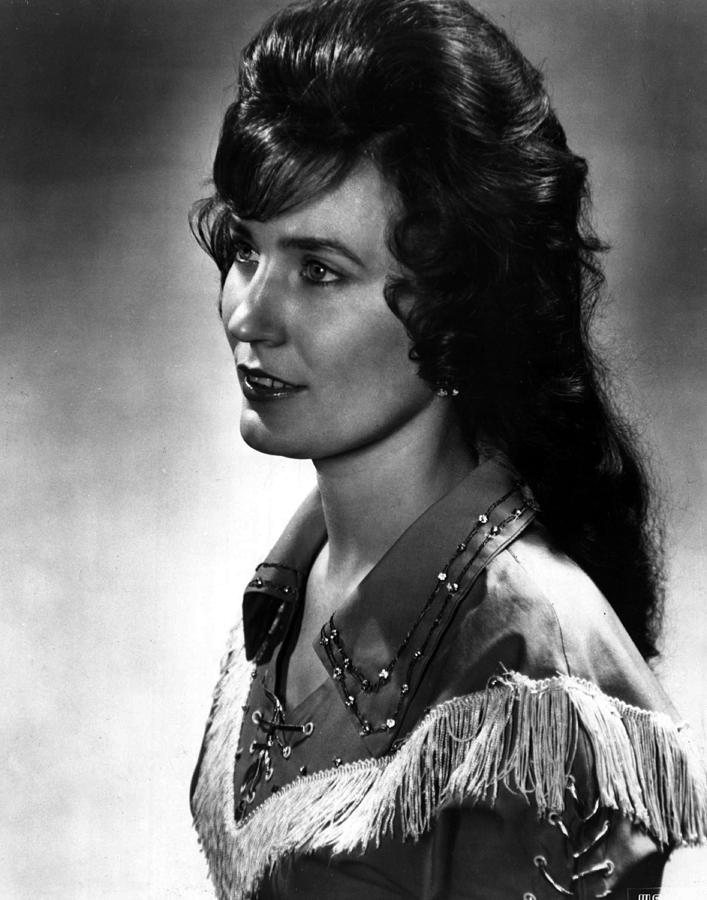 Retro Images Archive Photograph - Younger Loretta Lynn by Retro Images Archive