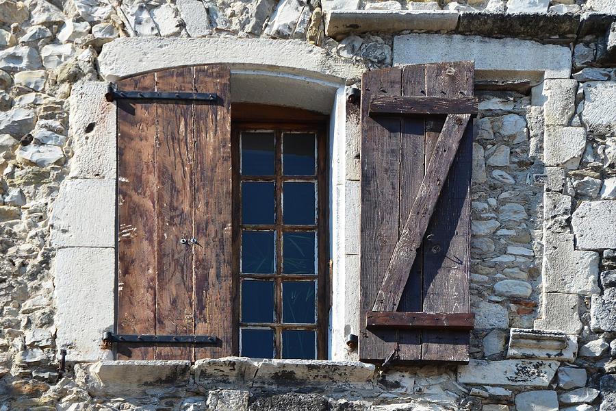 Window Photograph - Z Window In Viviers France by Carla Parris