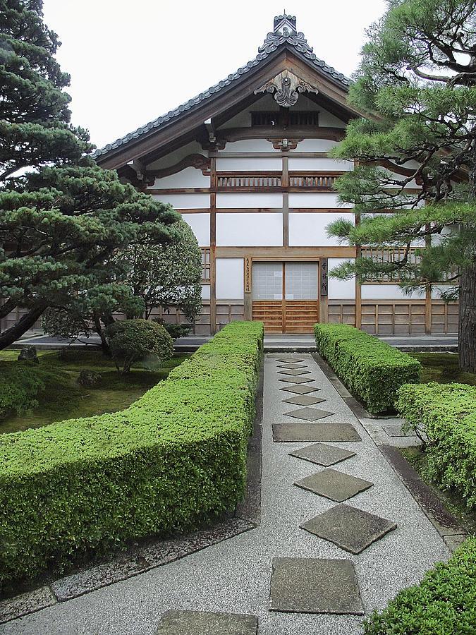 Silver Pavilion Photograph - Zen Walkway - Kyoto Japan by Daniel Hagerman