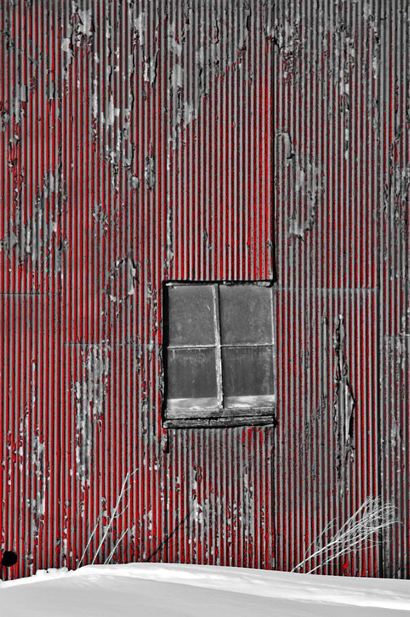 zink rd barn window bw red photograph by daniel thompson. Black Bedroom Furniture Sets. Home Design Ideas
