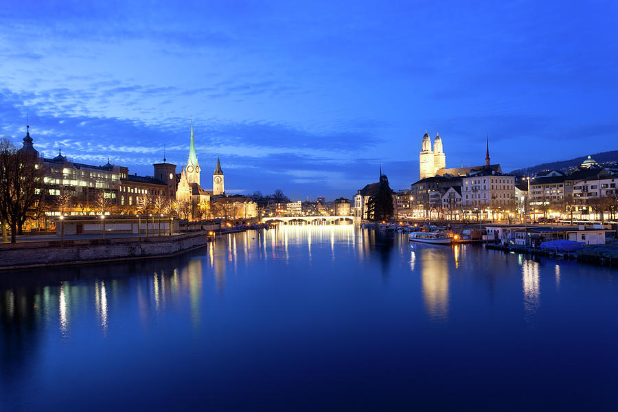 Zurich At Night Photograph by Querbeet