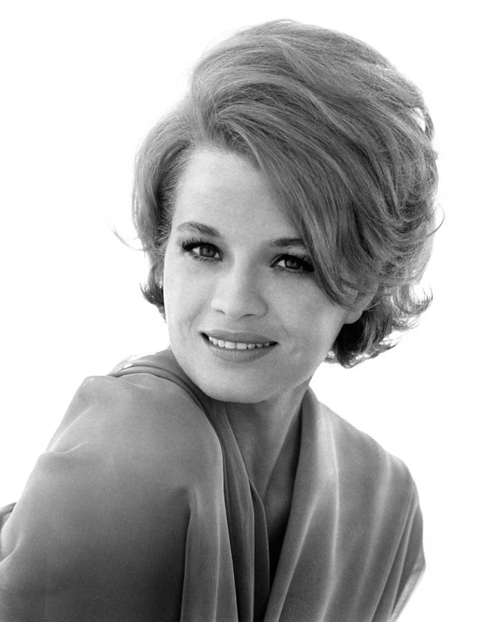 1960s Hairstyles Photograph - Angie Dickinson, Ca. Early 1960s by Everett