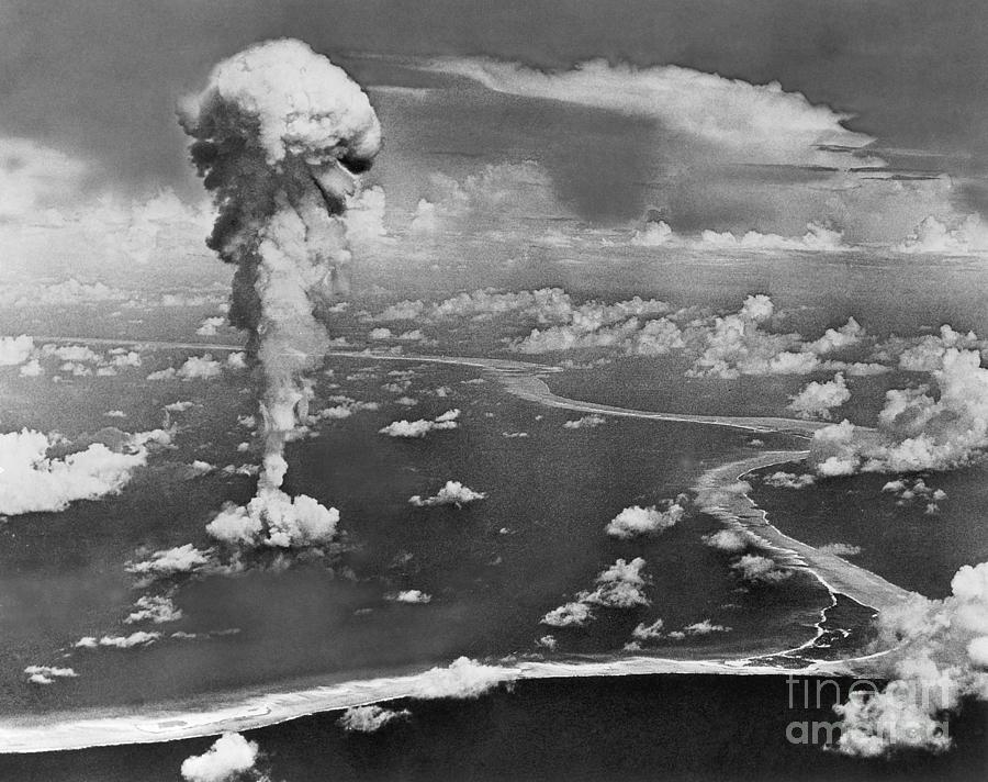 an analysis of atomic bomb Statistical analysis of the medical effects of the atomic bombs from the report of the joint commission for the investigation of the effects of the atomic bomb in japan united states.