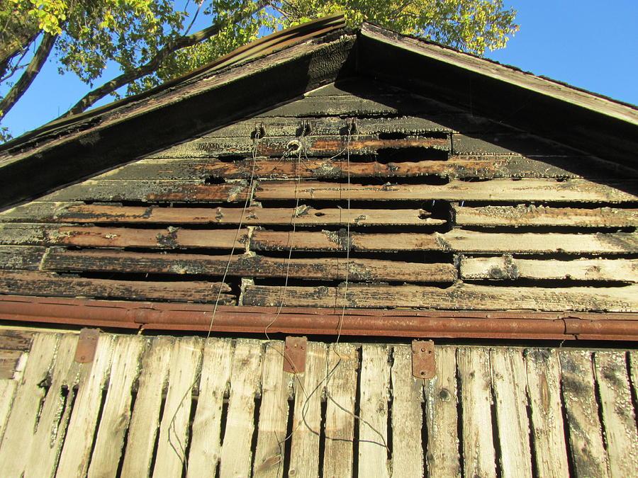 Barn Photograph - Barn-14 by Todd Sherlock