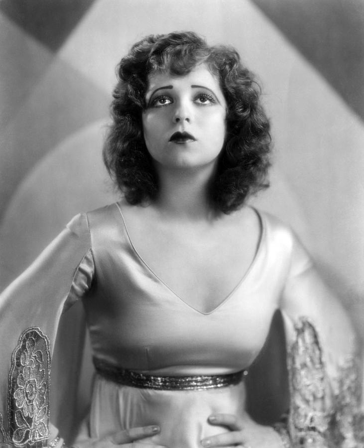Clara Bow Photograph Everett