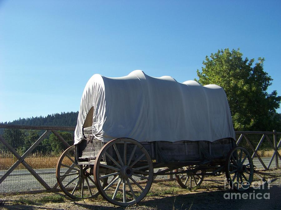 Covered Wagon Photograph - Covered Wagon by Charles Robinson