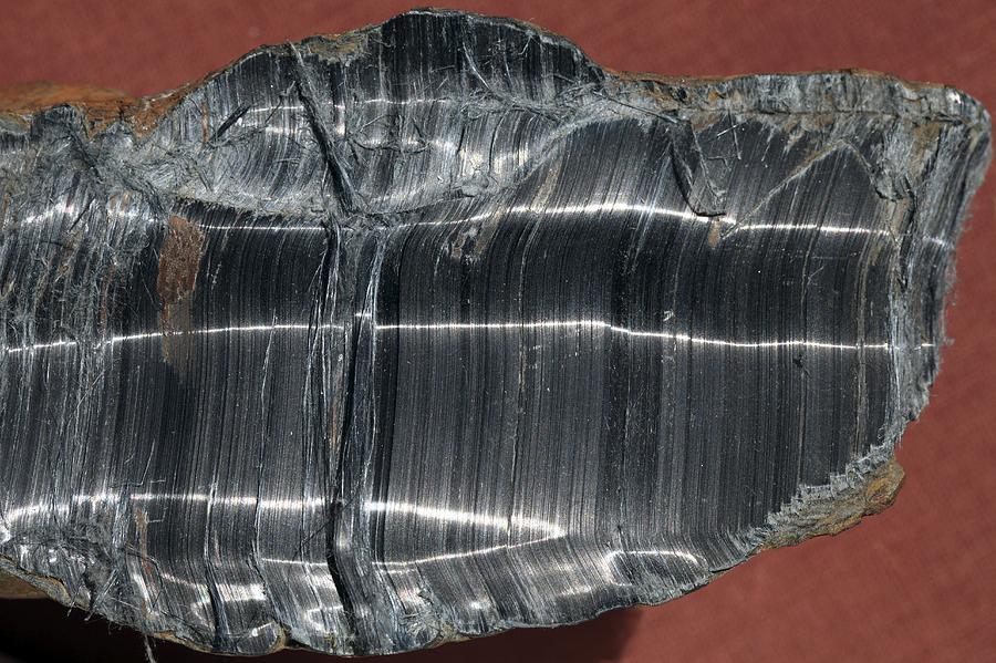 Crocidolite Photograph - Crocidolite Asbestos Mineral by Dirk Wiersma