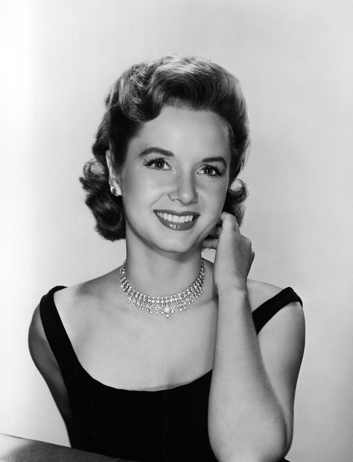 Necklace Photograph - Debbie Reynolds, 1956 by Everett