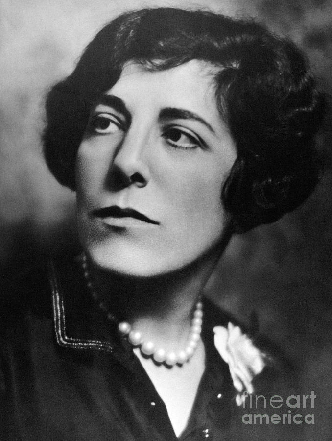edna come back from amrecia Edna ferber, (born august 15, 1885, kalamazoo, michigan, us—died april 16,  1968, new york, new york), american novelist and short-story.