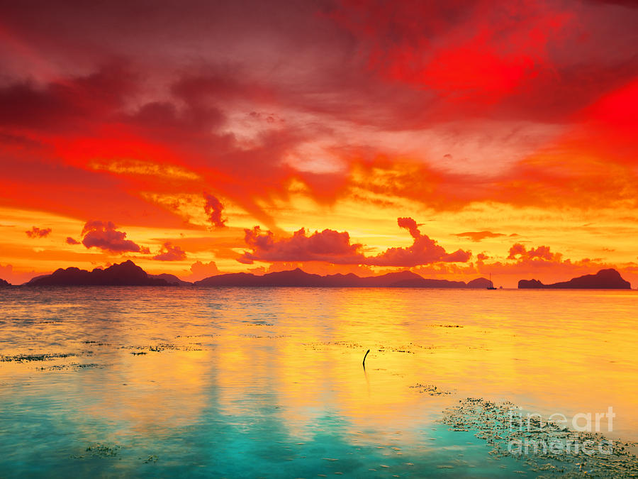 Sunset Photograph - Fantasy Sunset by MotHaiBaPhoto Prints
