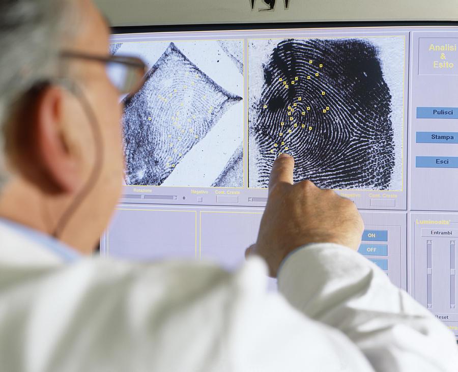 Forensic Photograph - Fingerprint Analysis by Mauro Fermariello