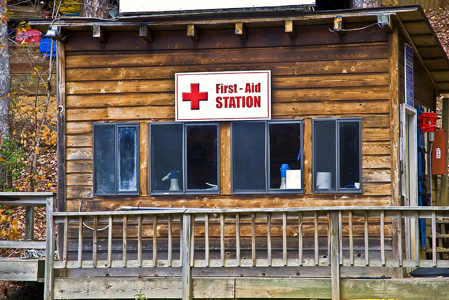 Building Photograph - First Aid Station by Susan Leggett