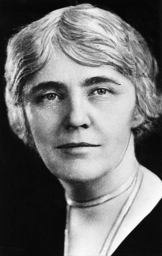 20th Century Photograph - First Lady Lou Henry Hoover 1874-1944 by Everett