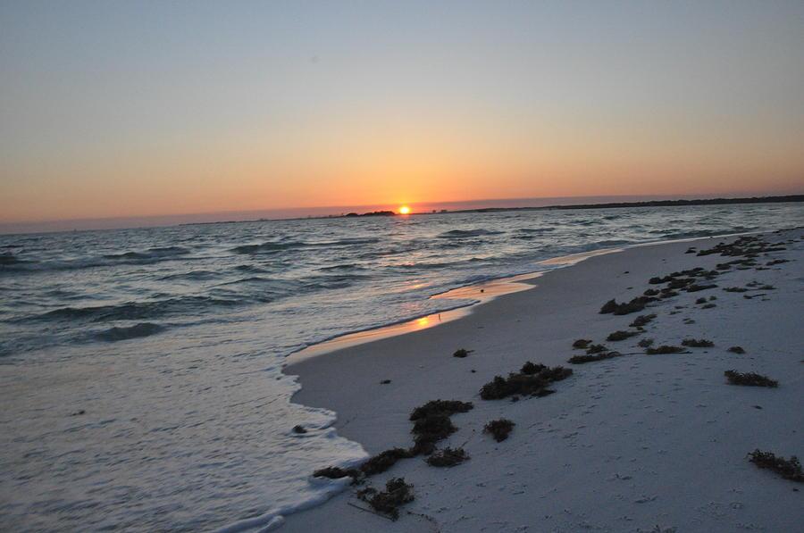 Sunset Photograph - Florida Sunset by Vonda Barnett