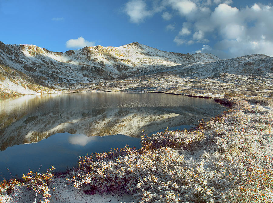 Cold Photograph - Geissler Mountain And Linkins Lake by Tim Fitzharris