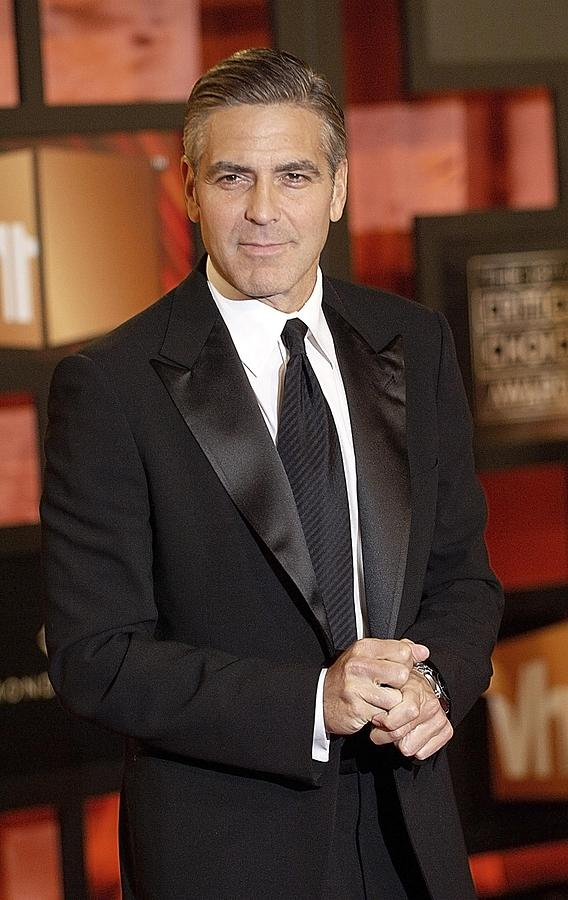 Awards Photograph - George Clooney At Arrivals For The by Everett