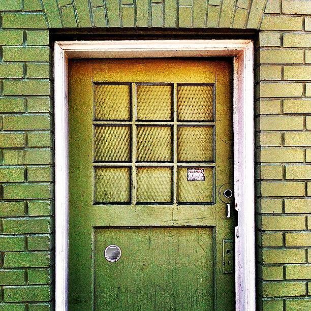 Sanfrancisco Photograph - Green Door by Julie Gebhardt