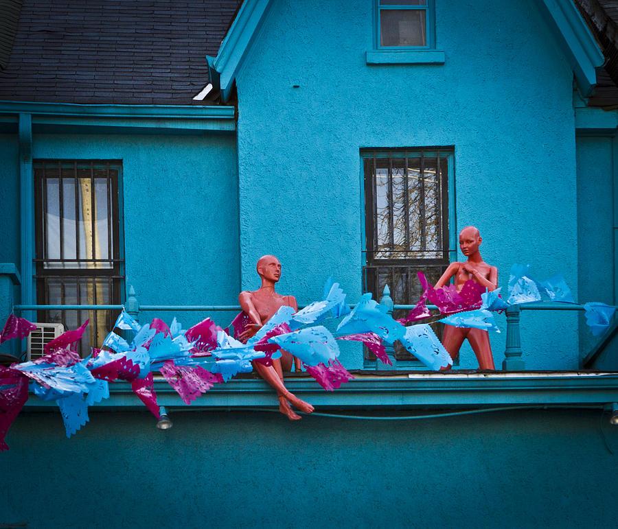 Kensington Photograph - Hello by Milan Kalkan