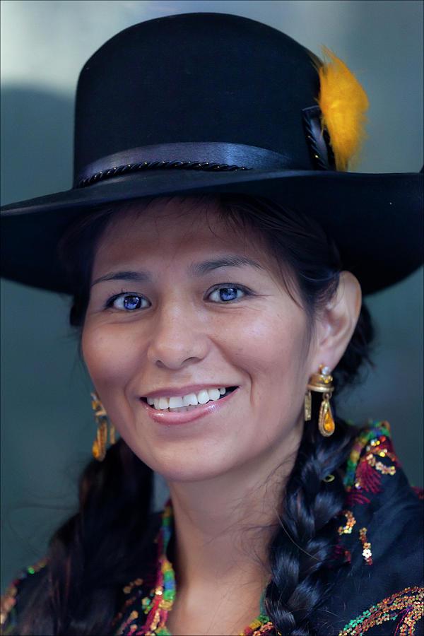 Woman In Hat Photograph - Hispanic Columbus Day Parade Nyc 11 9 11 by Robert Ullmann