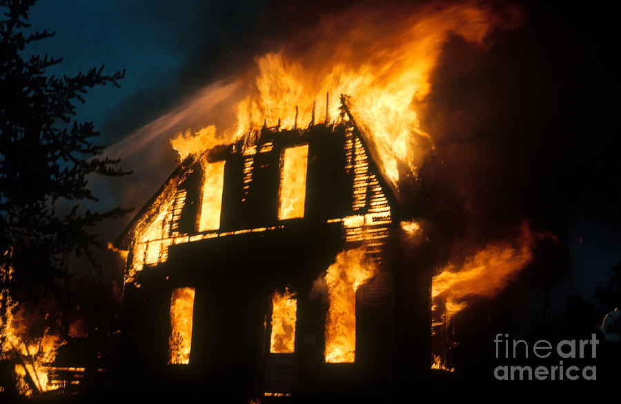 House On Fire Photograph By Photo Researchers Inc