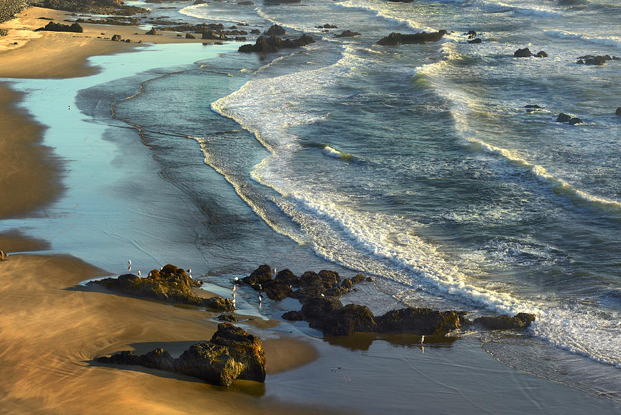 Incoming Waves At Bandon Beach Oregon Photograph by Tim Fitzharris