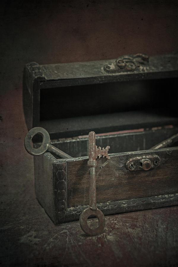 Key Photograph - Keys by Joana Kruse