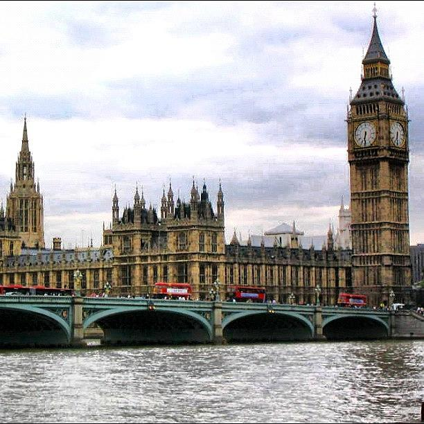 City Photograph - London by Luisa Azzolini