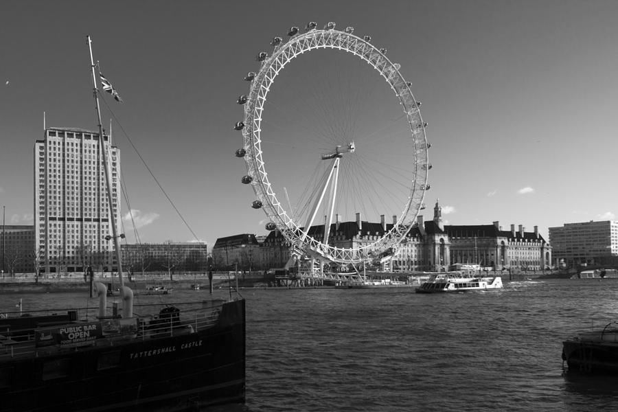 Westminster Photograph - London Skyline Edf Eye Bw by David French