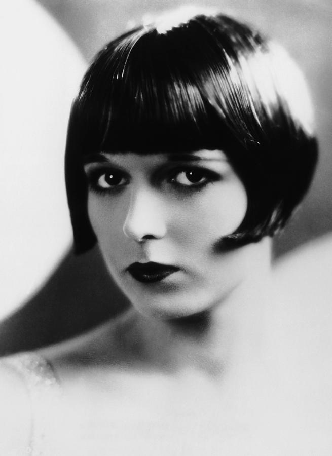 Louise Brooks Ca Late 1920s Photograph by Everett - 1920 Hairstyles
