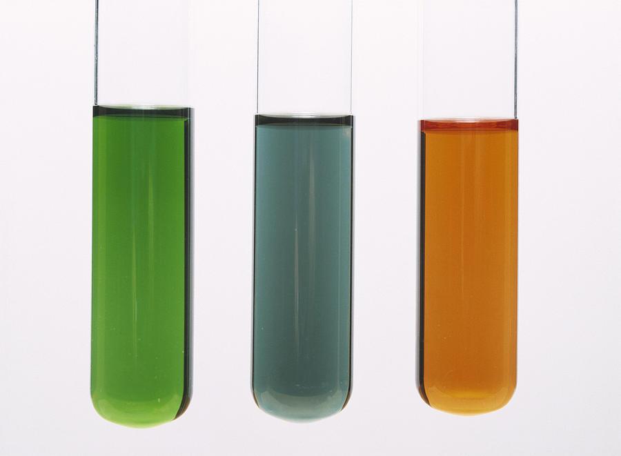 Screened Methyl Orange Photograph