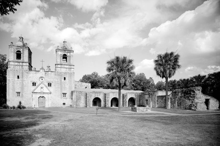 18th Century Photograph - Misi�n Nuestra Se�ora De La Pur�sima by Everett