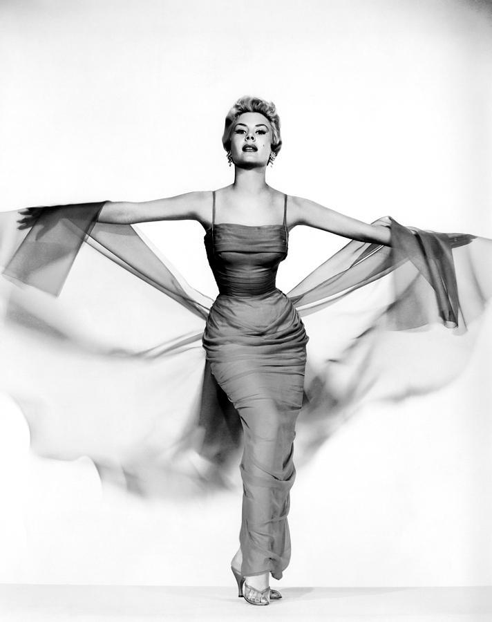 1950s Portraits Photograph - Mitzi Gaynor, Ca. 1950s by Everett
