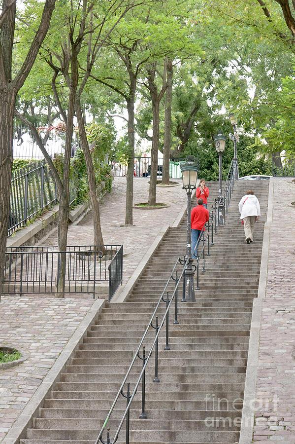 Montmartre staircase by Fabrizio Ruggeri