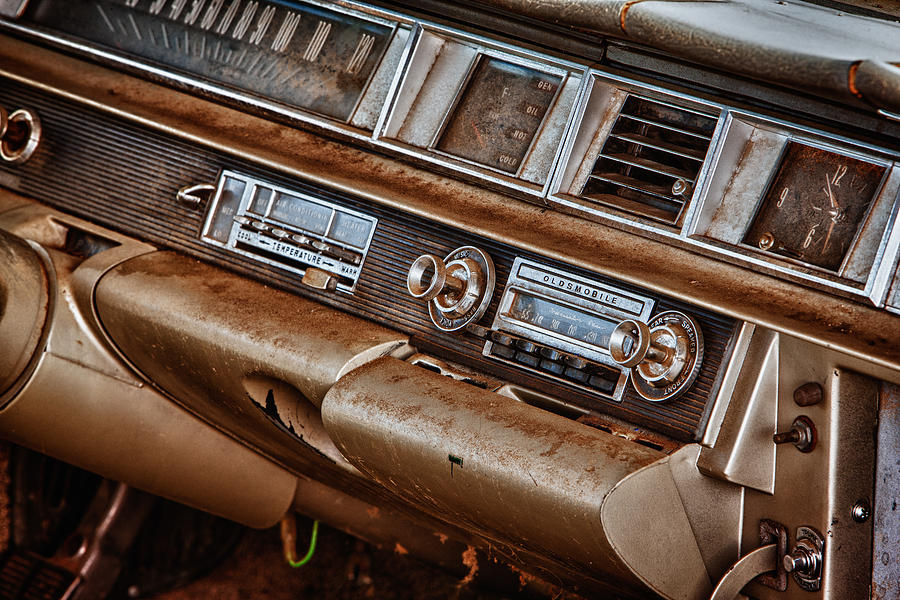 Cheyenne Photograph - Oldsmobile by Richard Steinberger