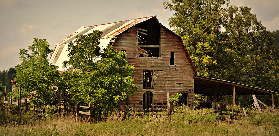 Barn Photograph - Ozark Barn by Marty Koch