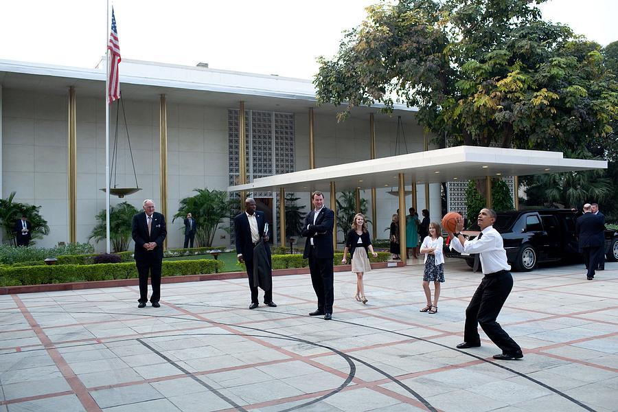 History Photograph - President Barack Obama Shoots Hoops by Everett