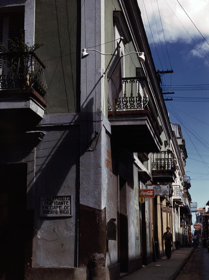 1930s Photograph - Puerto Rico. Street In San Juan, Puerto by Everett