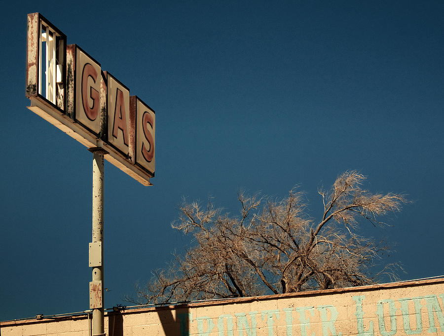 Kunst Photograph - Route 66 by Aurica Voss
