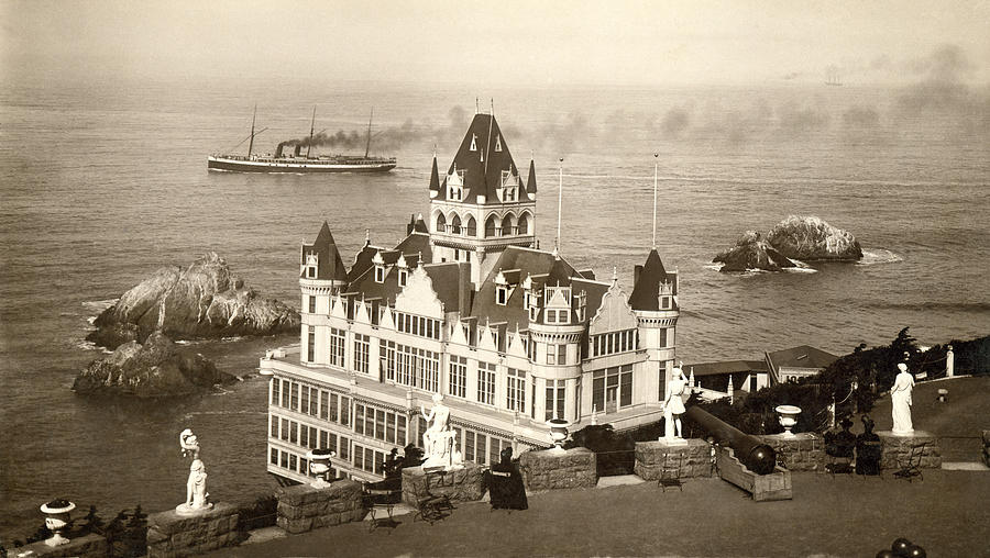 Bay Area Photograph - San Francisco Cliff House by Underwood Archives