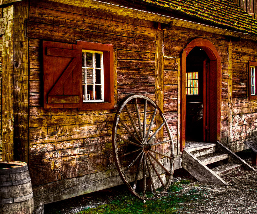 Fort Nisqually Photograph - The Blacksmith Shop by David Patterson