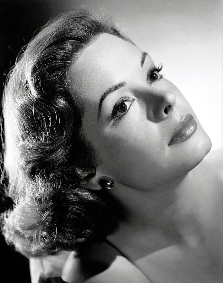Earrings Photograph - The Prisoner Of Zenda, Jane Greer, 1952 by Everett
