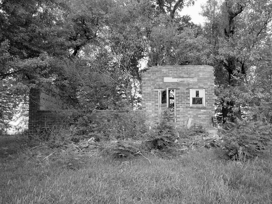 School Photograph - Walnut Grove School Ruins by Bonfire Photography