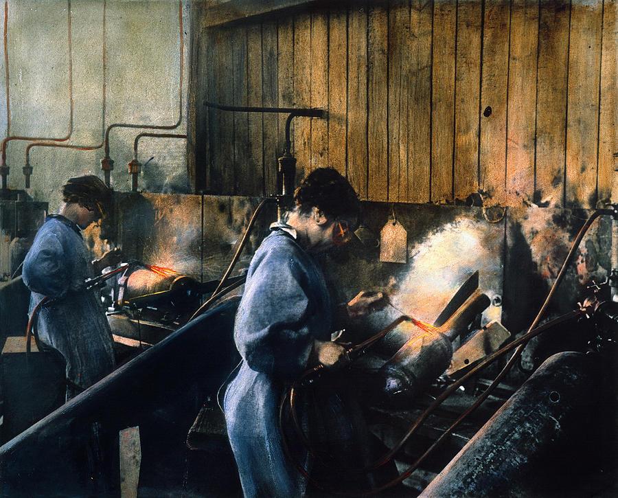 1917 Photograph - World War I: Women Workers by Granger