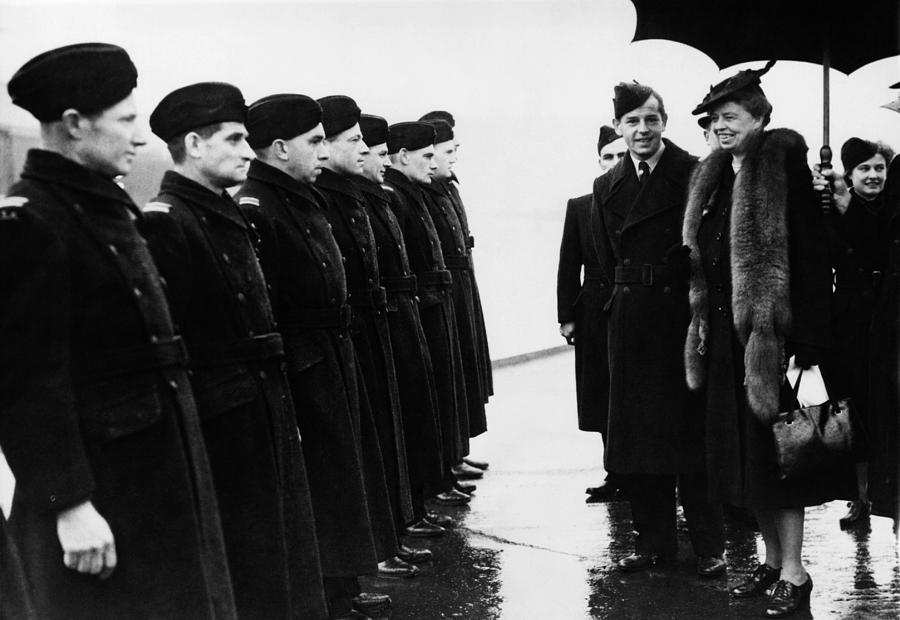 1940s Photograph - World War II. First Lady Eleanor by Everett