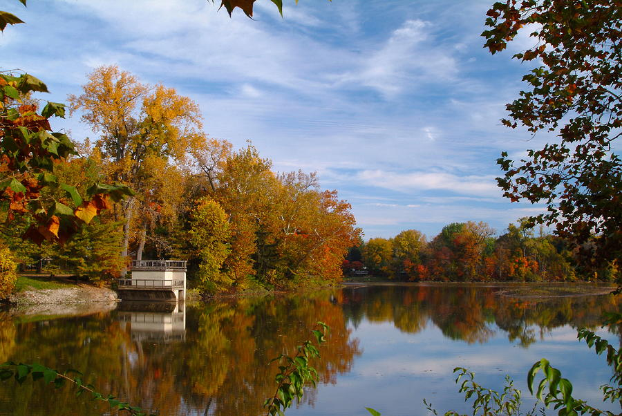 Fall Colors Photograph - 101011-4 by Mike Davis