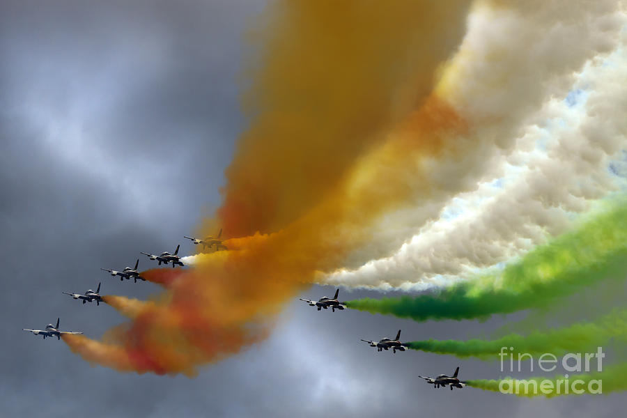 Airshow Photograph - Frecce Tricolori by Angel Ciesniarska