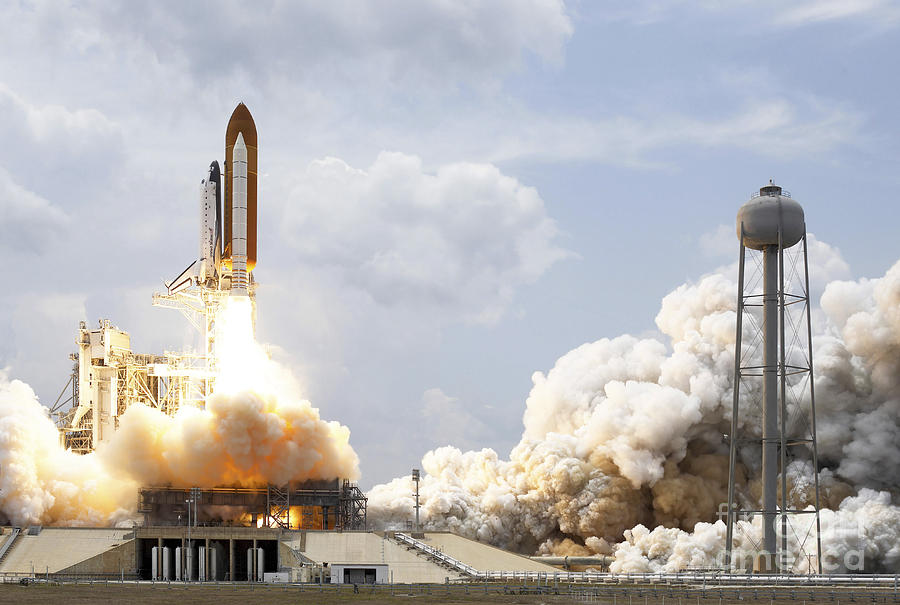 Florida Photograph - Space Shuttle Atlantis Lifts by Stocktrek Images