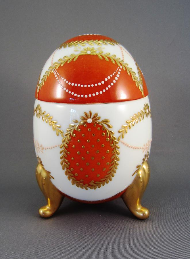 Porcelain Ceramic Art - 1525 Footed Egg-box Red by Wilma Manhardt