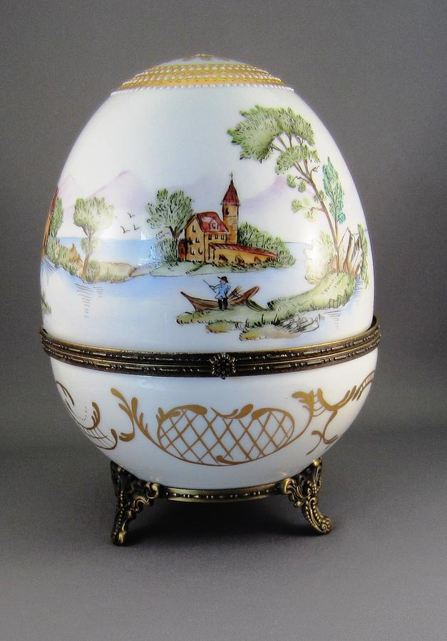 Porcelain Ceramic Art - 1546 Hinged Egg-box With 3 Scenes by Wilma Manhardt