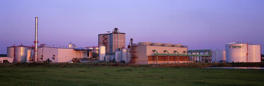 Building Photograph - Corn Ethanol Processing Plant by David Nunuk